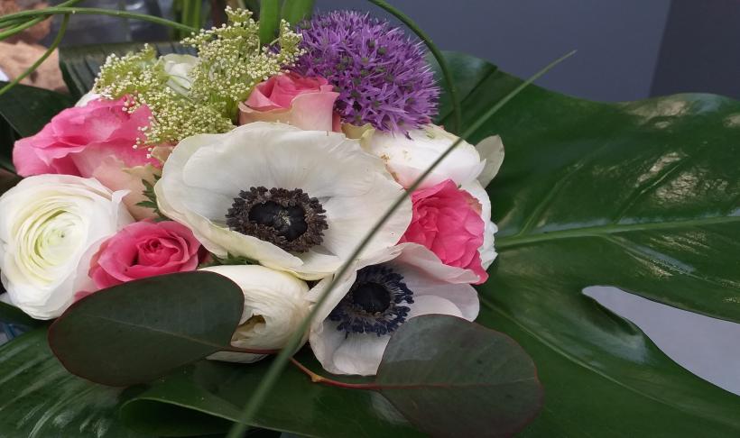 Świeży bukiet kwiatów przez długi czas- jak tego dokonać.